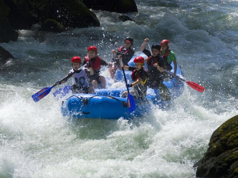 Rafting pour classe de découverte aux Blacouas