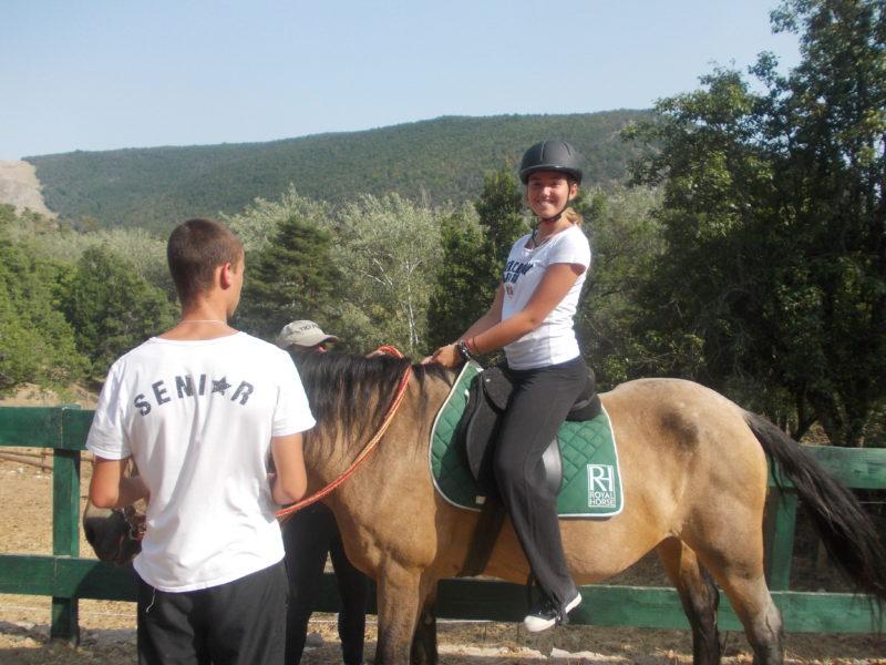 Equitation pour les groupes de jeunes des Blacouas