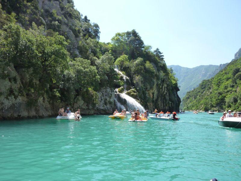 Visite du lac de Sainte Croix pour classe de découverte séjournant aux Blacouas